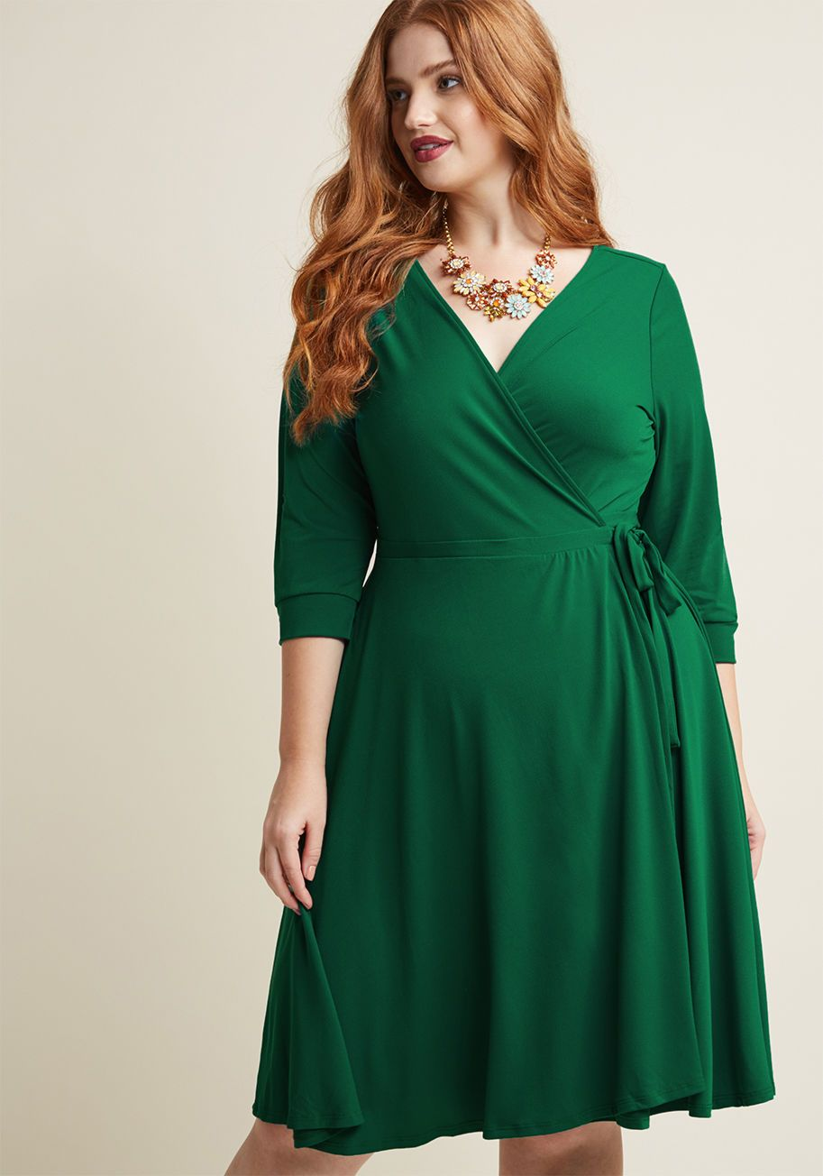 59b55a8edd667 Say Yes to Timeless Wrap Dress in Clover