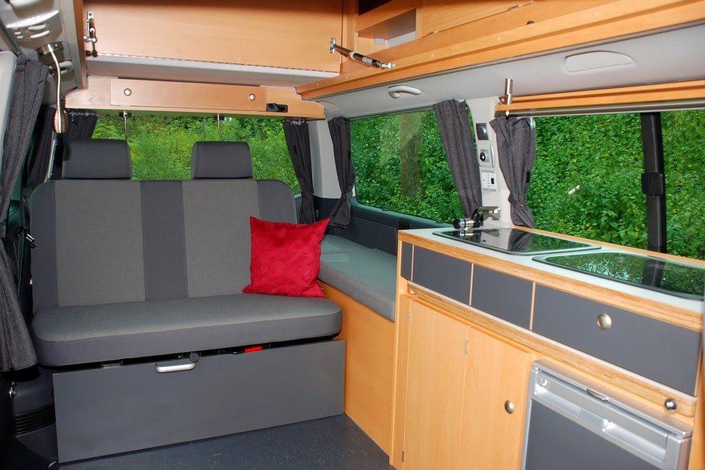 Campingbus: Ausgebaute Kastenwagen - Campingbusse auf dem Caravan Salon
