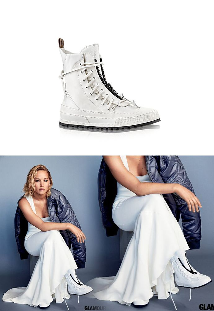 Jennifer wore a pair of Louis Vuitton Palm Canyon Desert Boots for her  photoshoot with Glamour