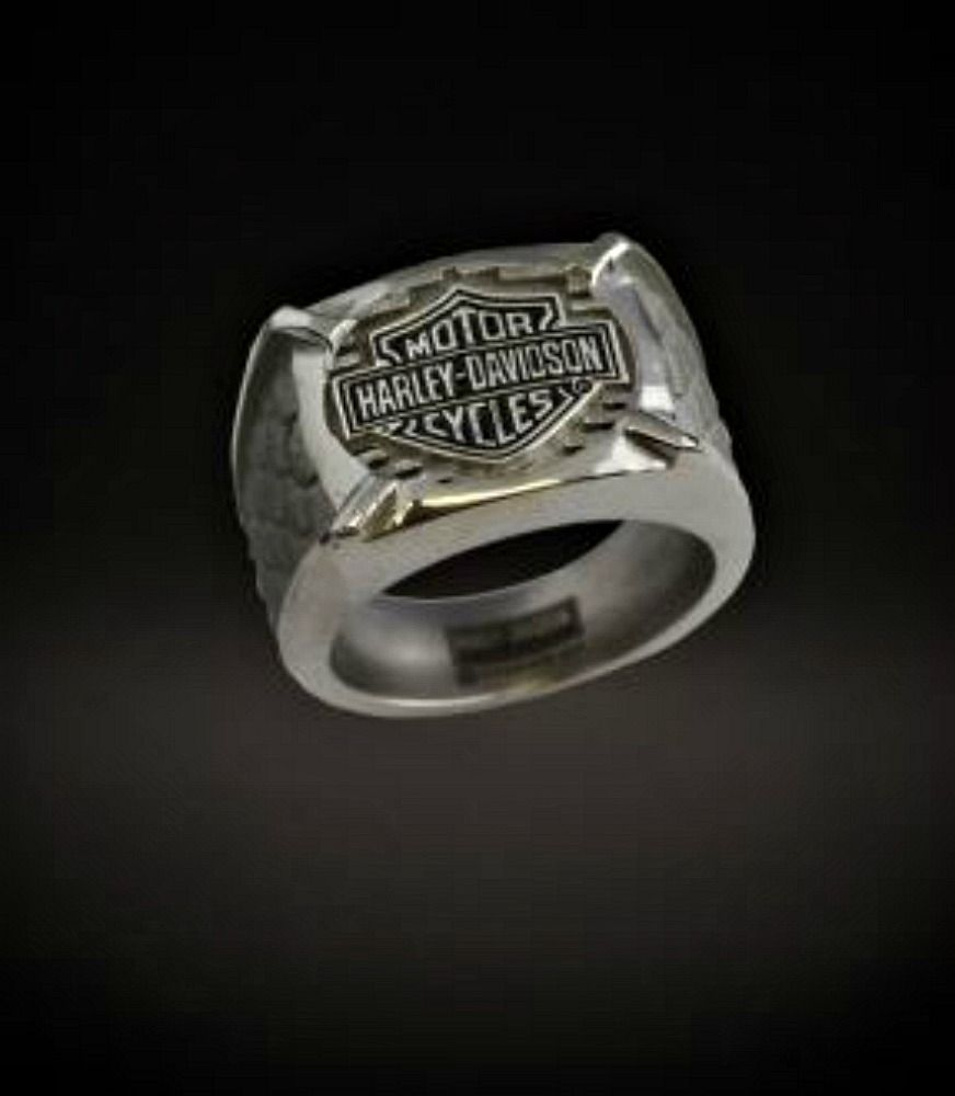 harley davidson wedding rings Harley Davidson Stamper Men s Bar and Shield Gray Titanium Signet Ring