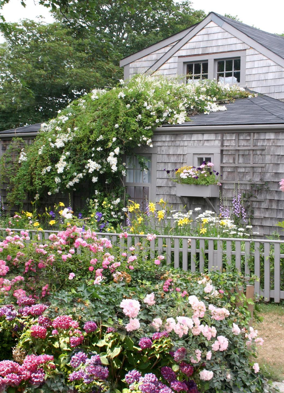 Merveilleux Nantucket Garden ~