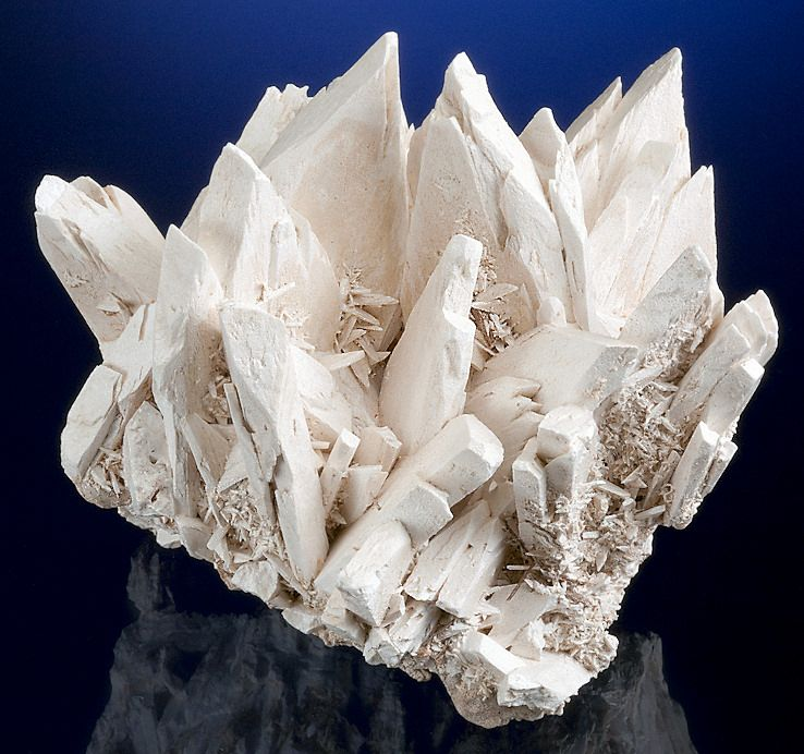 crystals of Tincalconite ps after Borax: From the U  S