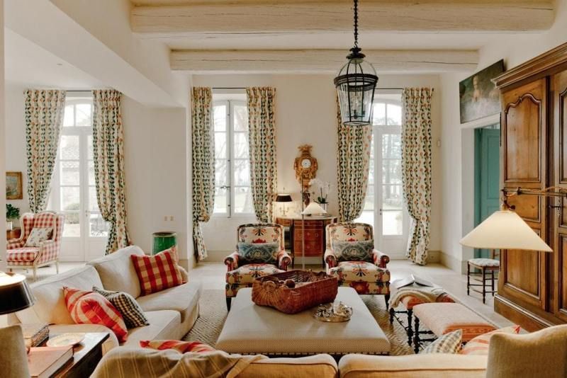 A Fabulous French Farmhouse The Glam Pad French Country Living Room French Country Bedrooms Country House Decor