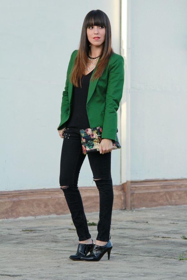 saco verde outfit - Buscar con Google Trajes De Trabajo 84f7a40fdf814