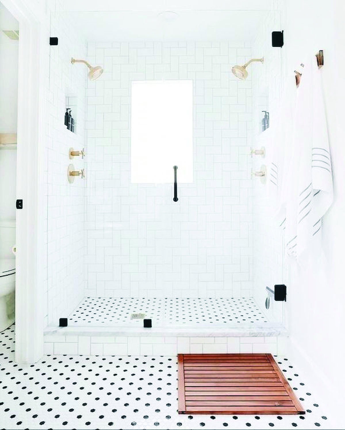 The Most Effective Bathroom Rugs And Also Bath Mats Green