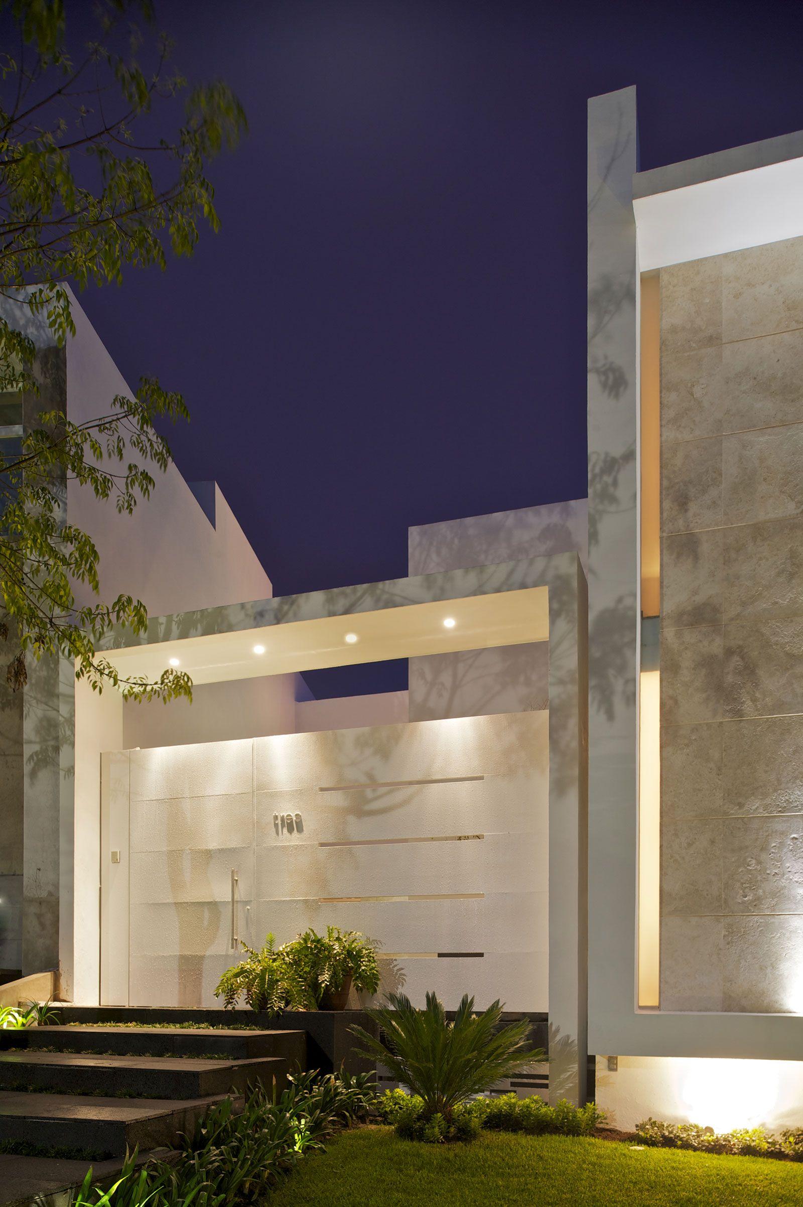 Casa Natalia by Agraz Arquitectos   Facade house, Architecture ...
