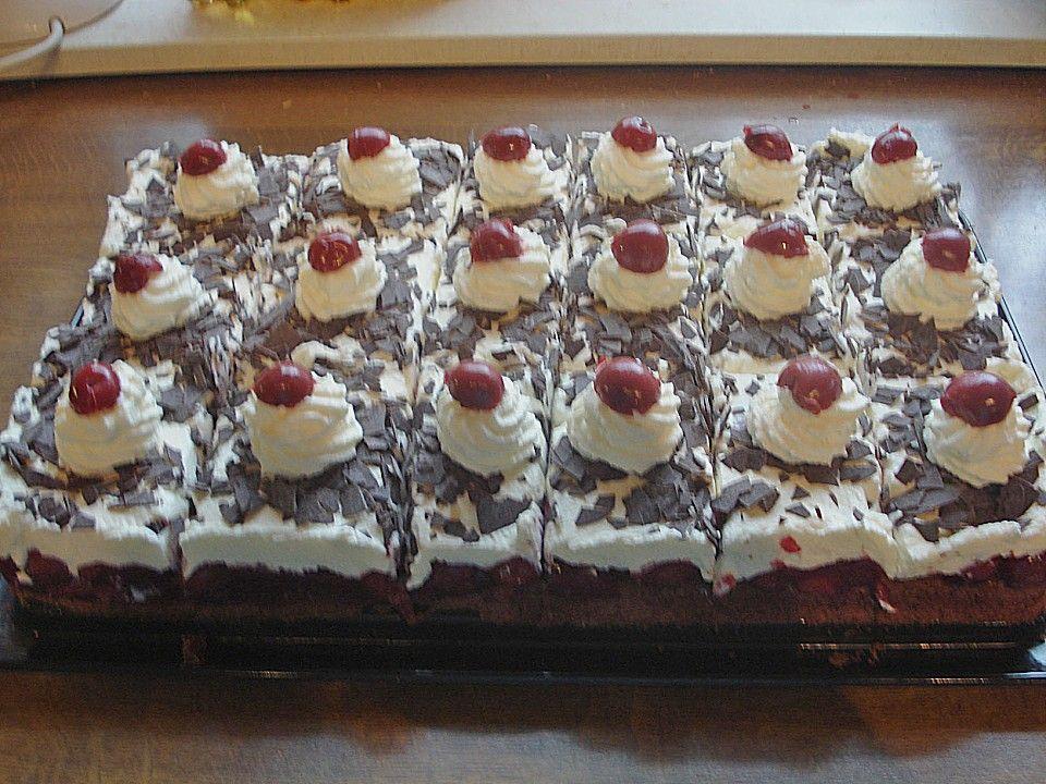 Schwarzwalder Auf Dem Blech 6 Kuchen Und Torten Kuchen Ohne Backen Lebensmittel Essen