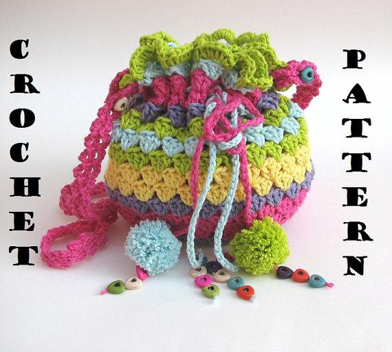 inserzione di Etsy su https://www.etsy.com/it/listing/112634091/colorful-girls-bag-purse-crochet-pattern