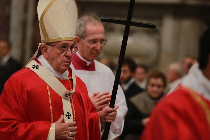 Reflecting on the faithful work of the bishops and cardinals who have died in the past 12 months, Pope Francis said Friday that death does not separate us, but in fact unites us more closely in the Body of Christ.