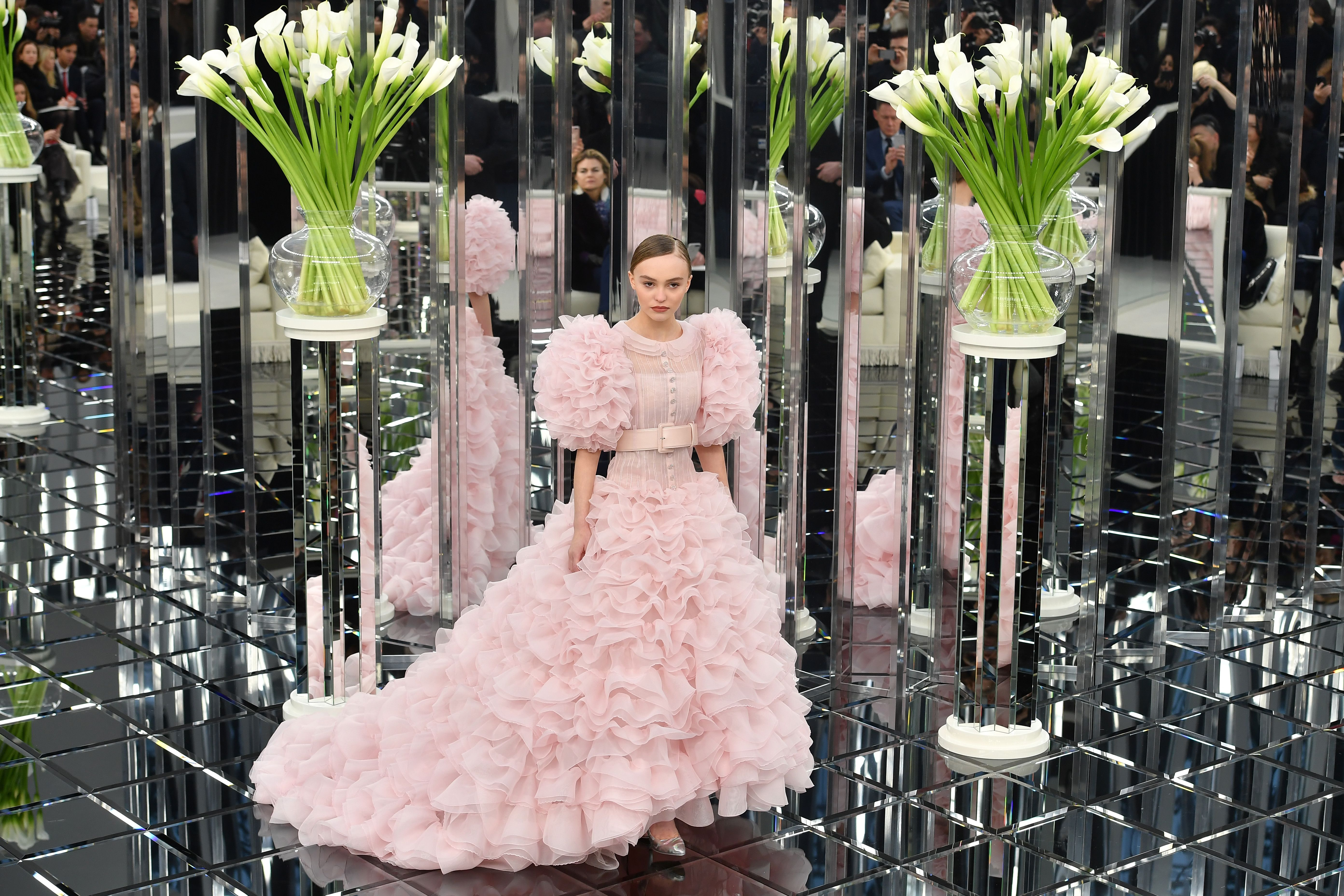 9 Standout Moments From Chanel's Sparkly Couture Show