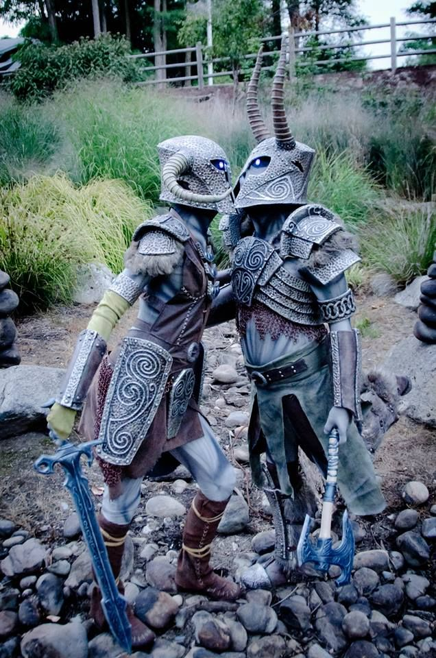 This Skyrim draugr deathlord couples cosplay by Punished