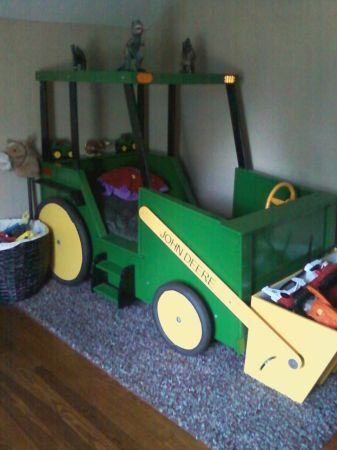 TOO COOL!! John Deere bed!   ~  ♥♥ OMG! next project- this is awesome!!!ck~