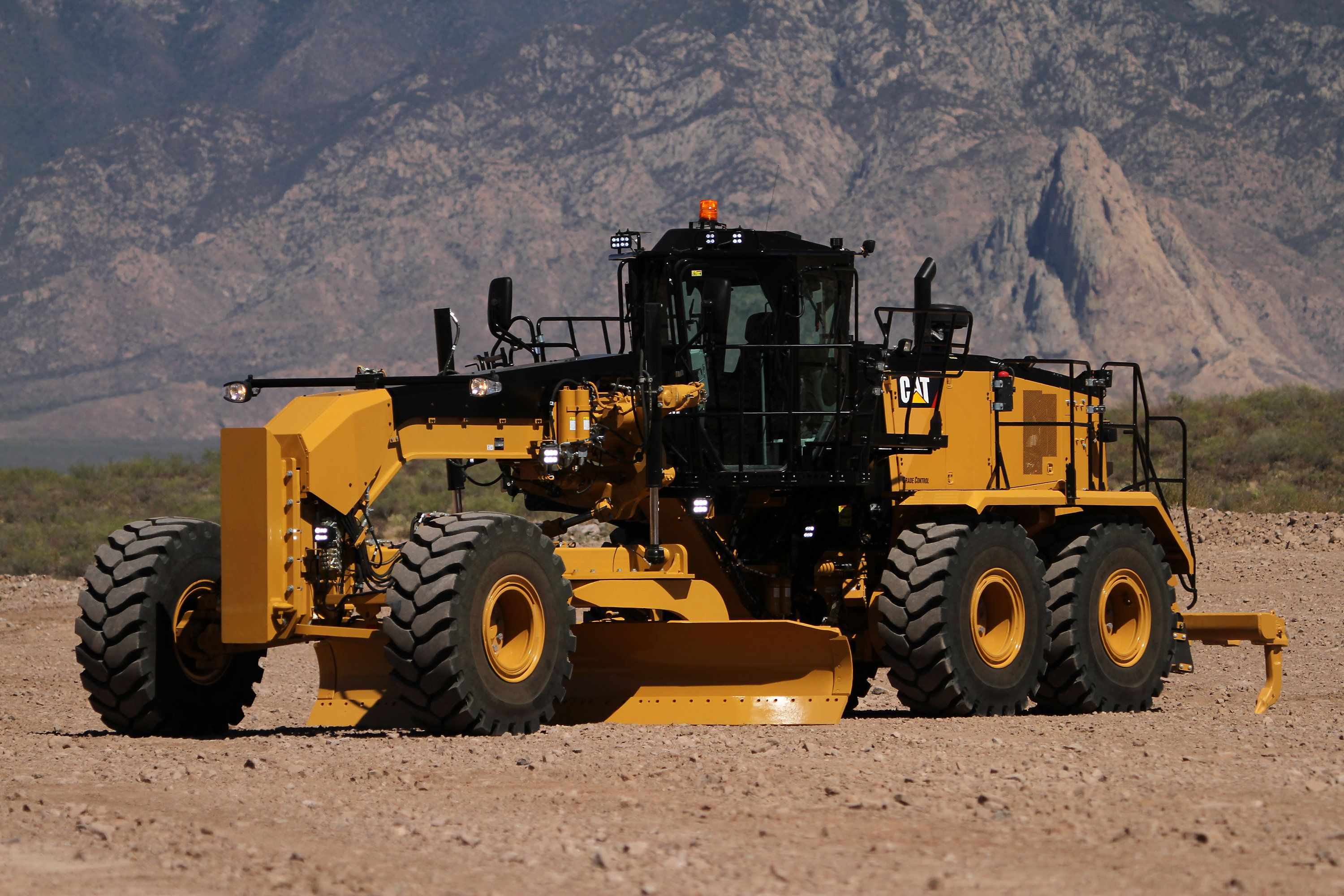 new cat 16m3 motor grader delivers greater fuel efficiency