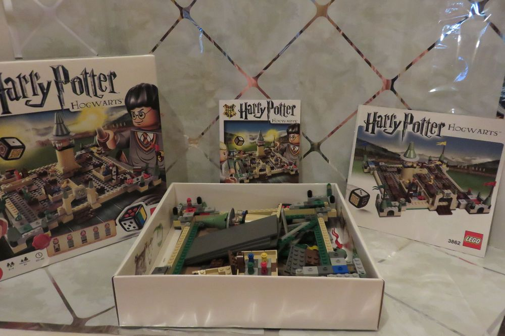 2010 LEGO Harry Potter Hogwarts Game #3862 Complete in Box 2-4 Players  #LEGO