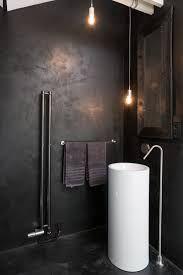 Afbeeldingsresultaat voor donkere badkamers