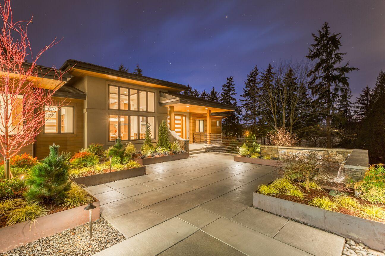 11837 49th Place NE Sammamish, WA. Sammamish Ridge Estates ... on Cascadia Outdoor Living Spaces id=54574