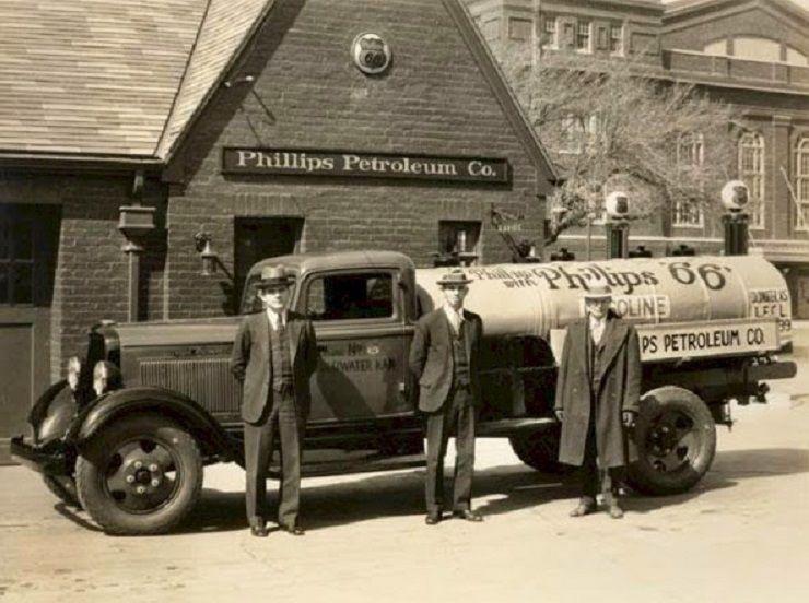 1929 Ford, Phillips 66 Gasoline Tanker Truck, Circa 1930