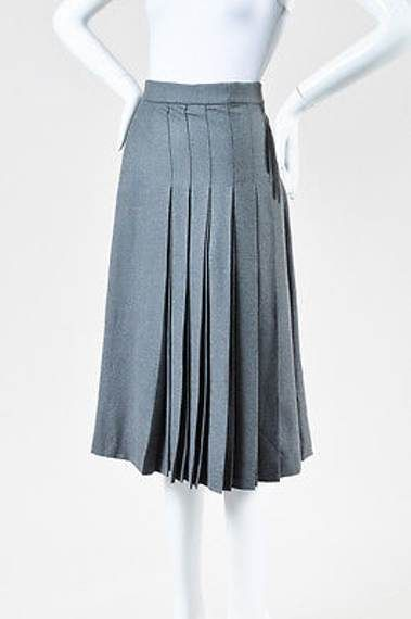 20336212ae Chloe Gray Wool Pleated Midi Skirt SZ 40 Moda Evangelica
