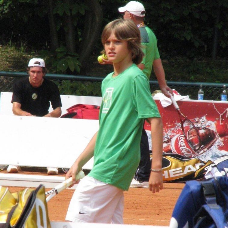 Alexander Sascha Zverev On Instagram When You Don T Get To See Sascha Play For Two Weeks I Absolutely Love T Tennis Clothes Alexander Zverev Alexander