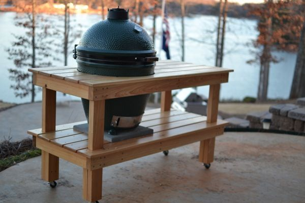 Simple table for a Large Big Green Egg Great view! Great Big Green Egg Table Idea