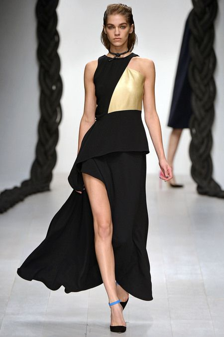Osman    This dress makes me think of Charlize Theron's J'Adore moments
