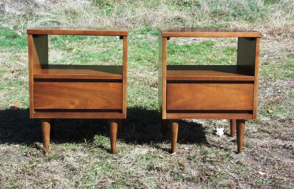 Pair Vintage Mid Century Modern Bassett Gala Series Walnut Nightstands End Table Mid Century Modern Furniture Walnut Nightstand Mid Century Modern