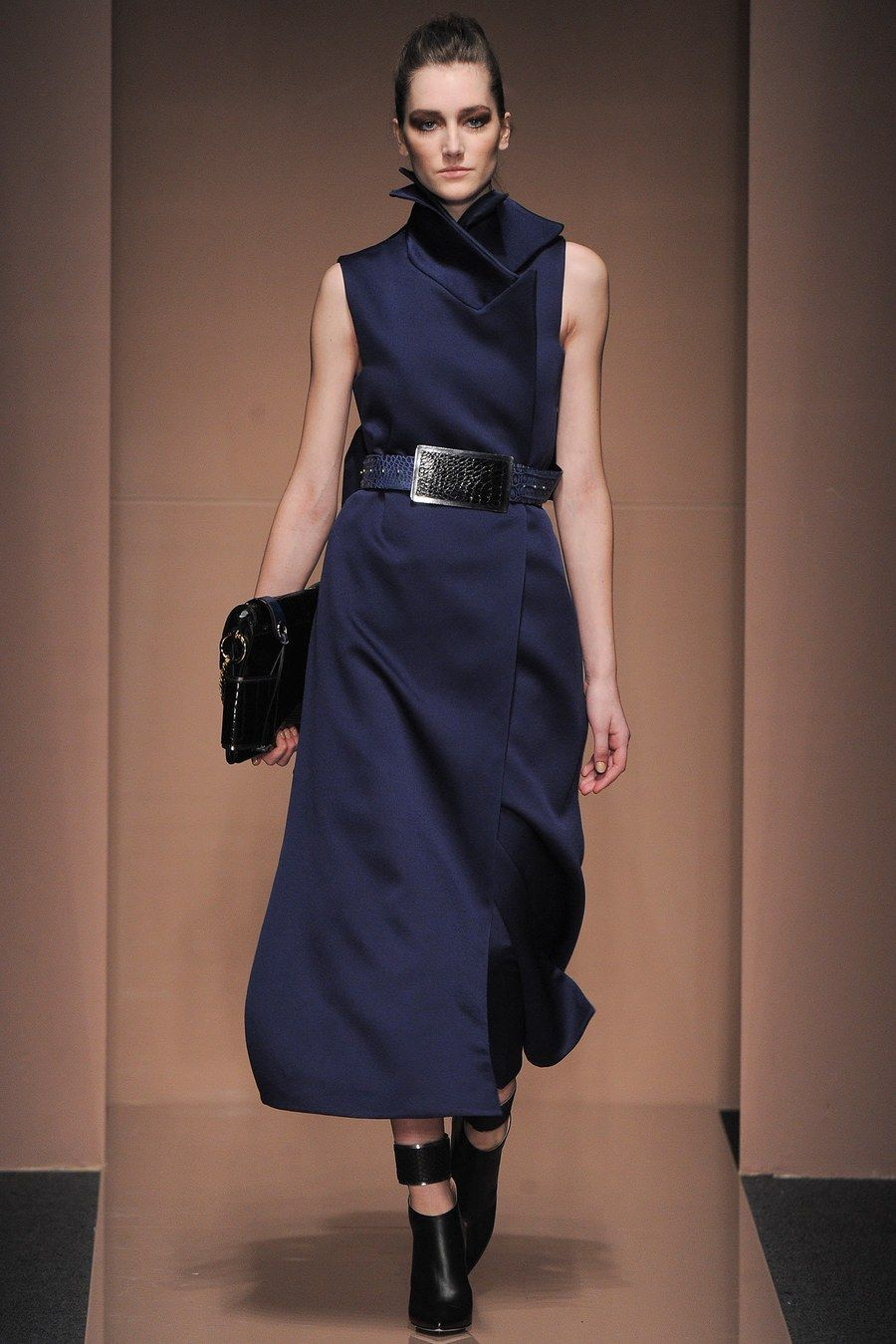 Ferre gianfranco fall runway review recommendations dress for winter in 2019