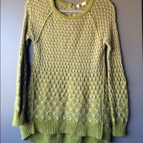 Anthropologie sweater Reposh worn only once too large on me why I am selling. There is a slight high low effect back is slightly longer than front which is great when worn with leggings Anthropologie Sweaters