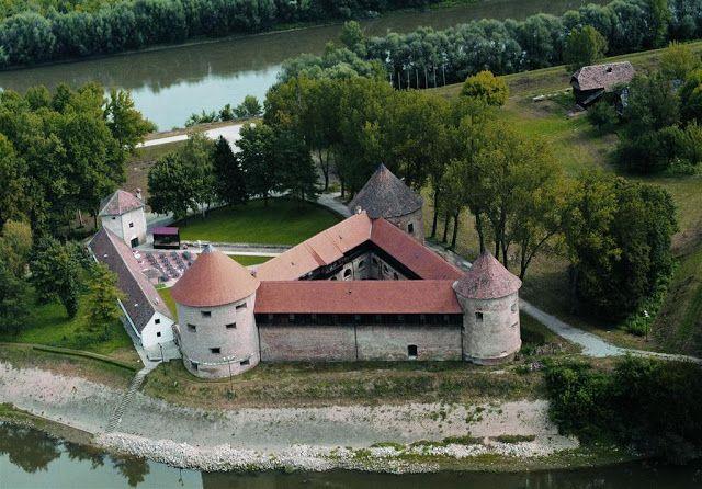 Croatian Castles, Fortresses & Manors: Croatian Heritage: Castles, Fortresses & Manors