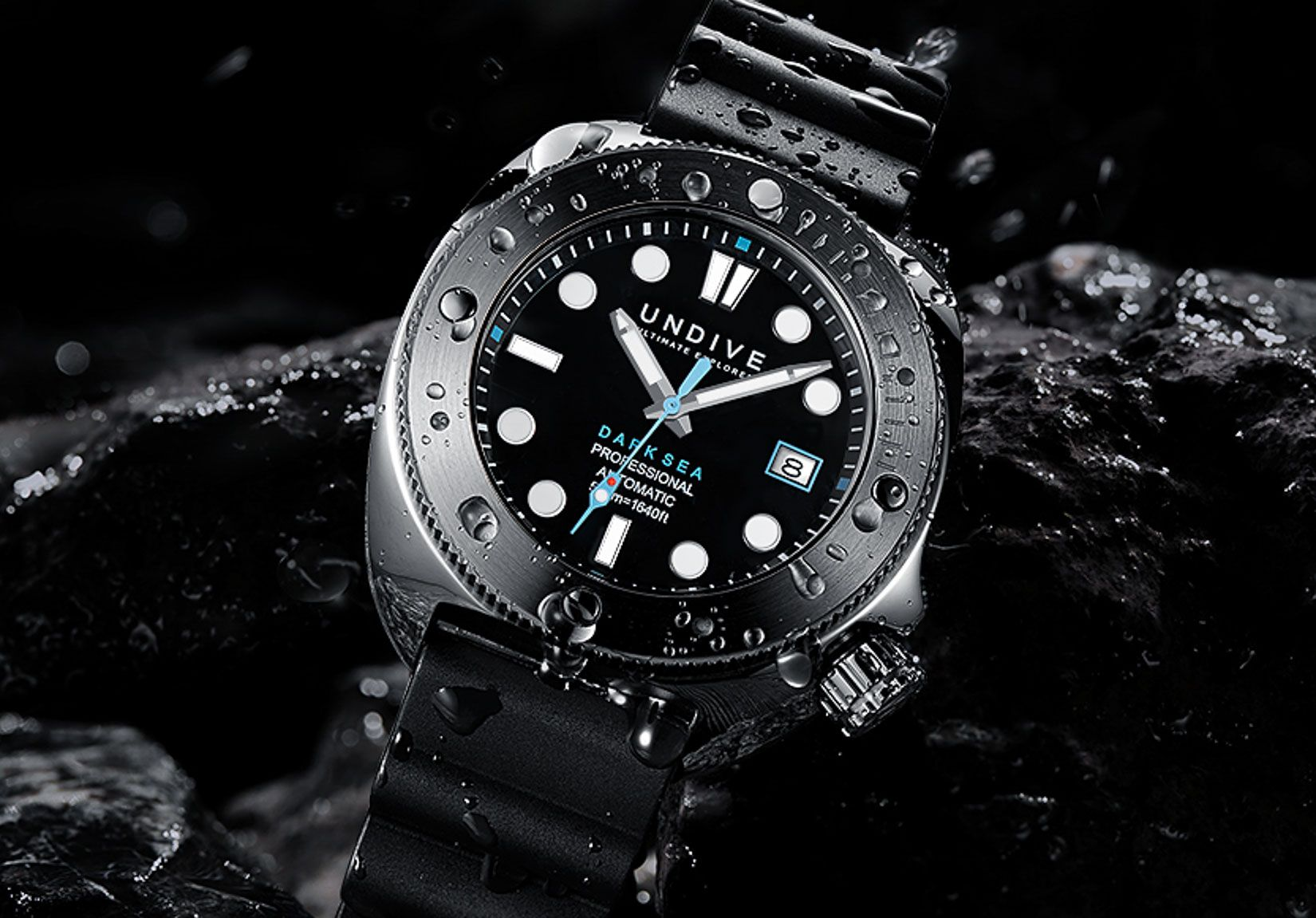INTRODUCING THE DARK SEA 500M FROM UNDIVE WATCHES