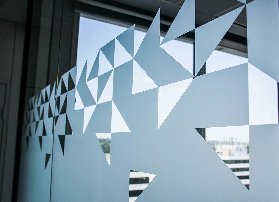 Glass Decal Project For Macquarie University Iizi