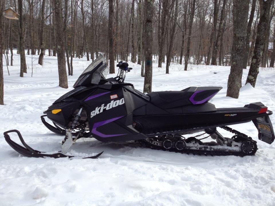 Custom Purple On The Skidoo Riding Sled Racing Vehicles