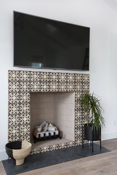 Fireplace with tile surround but no mantel | Fireplaces | Pinterest ...