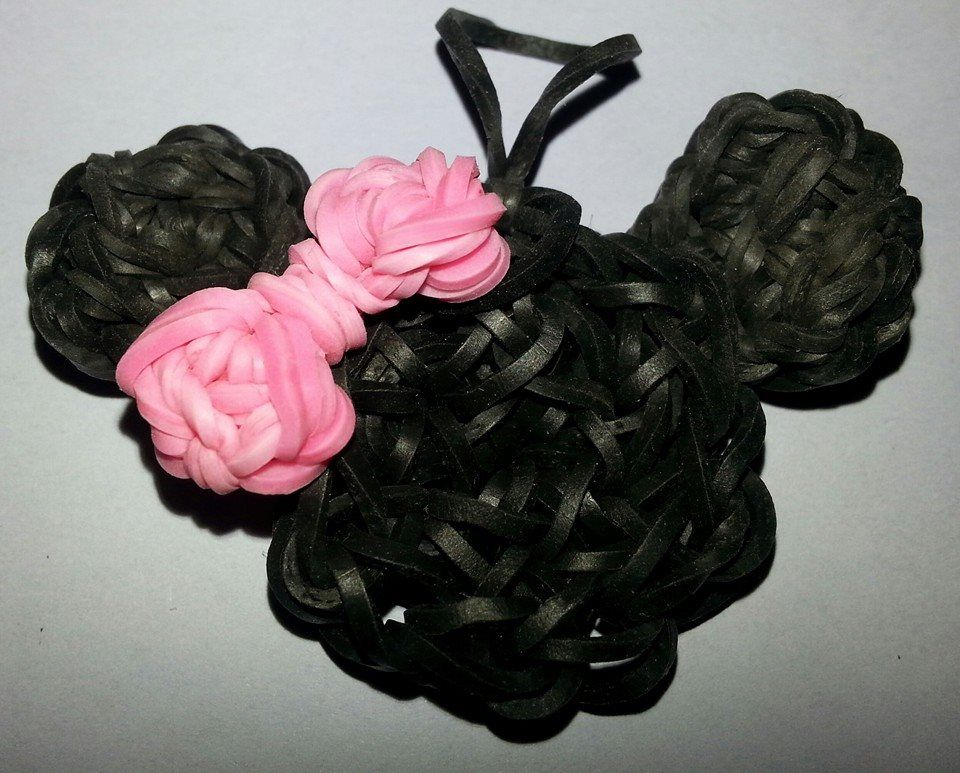 MINNIE MOUSE charm. Designed and loomed by ChikeepooMgn Designs More
