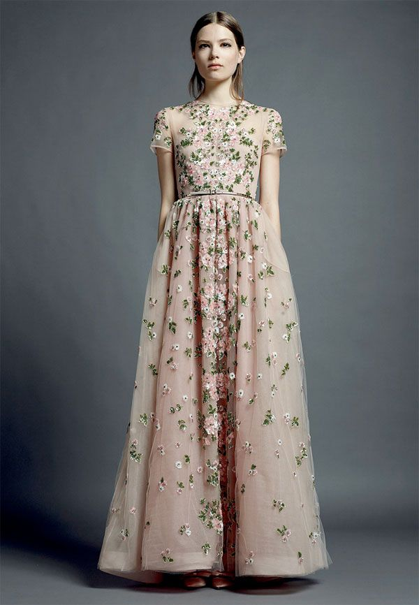 Valentino valentino garavani fashion haute couture for Designer haute couture dresses