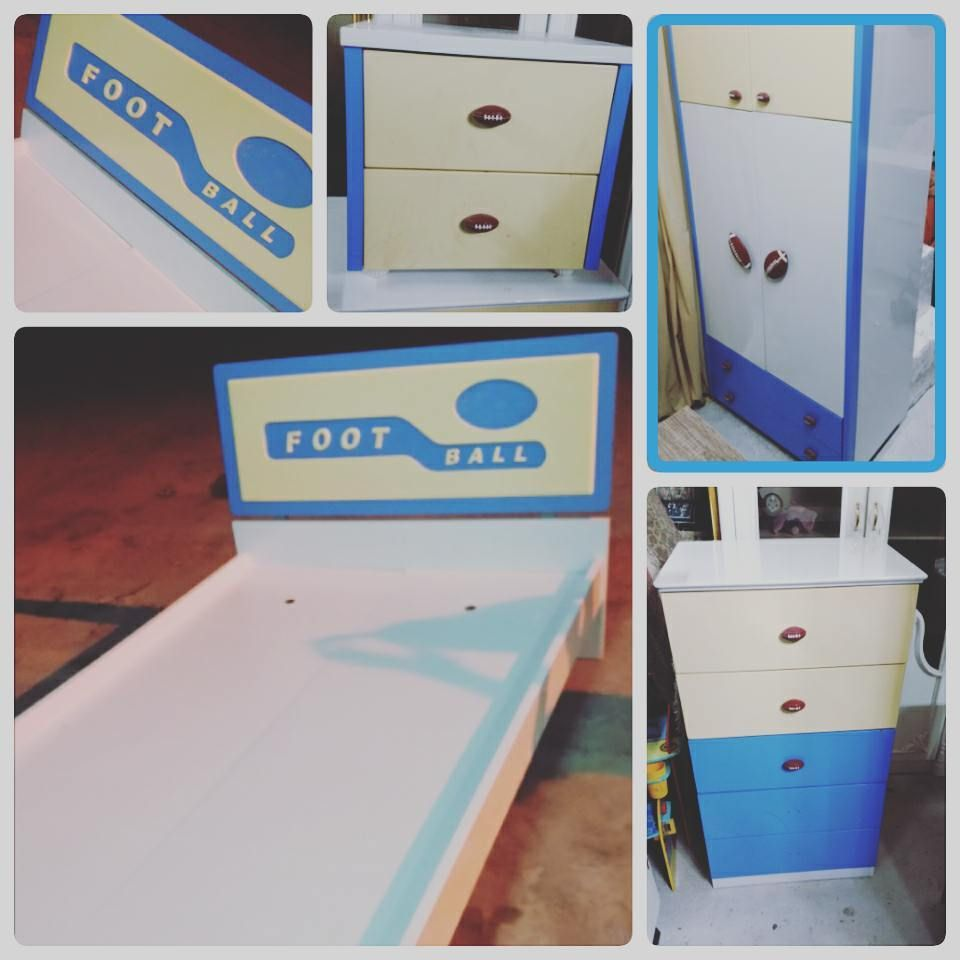 For Sale Baby Bed Room Foot Ball Bed Side Table Cabinet 2 Door Drawer Cabinet Good Condation Price 70 Bd للبيع غرفة نوم Toy Chest Decor Home Decor