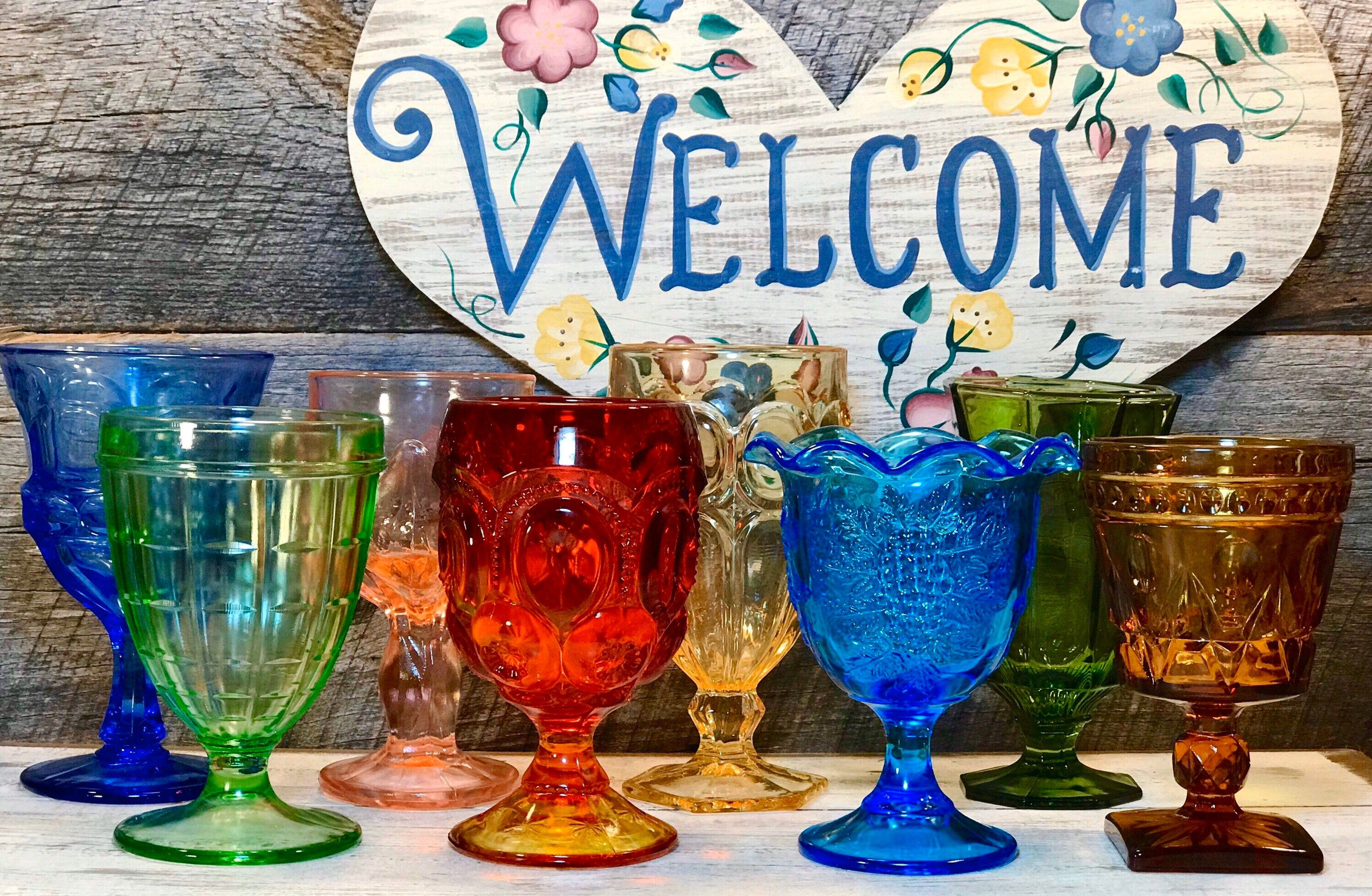 Set Of 8 Eight Mismatched Gem Colored Premium Vintage Goblets Weddings Farmhouse Cottage Fostoria Fenton Smith Glass Moon Stars In 2020 Vintage Goblets Glassware Vintage Collectible Wedding Reception Glasses
