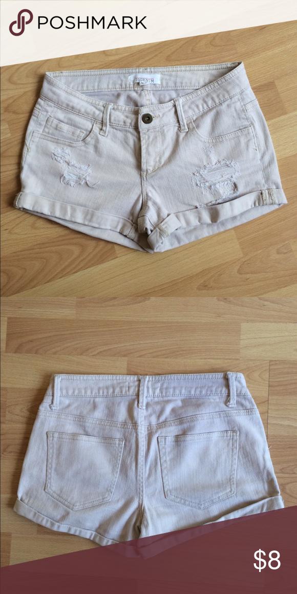 Light khaki/cream denim shorts Low rise fit, light cream distressed shorts with a cuffed hem. 5-pocket. Forever 21 Shorts