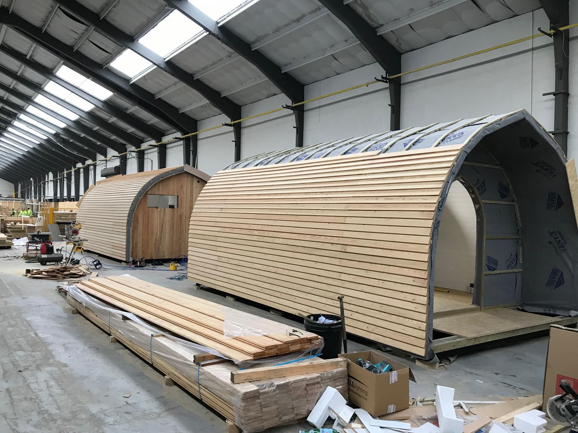 From Lodges To Shepherd Huts To Glamping Pods We Can Provide The Modern Leisure Building That Provides The Comfort And Styli Pod House Dome House Arched Cabin