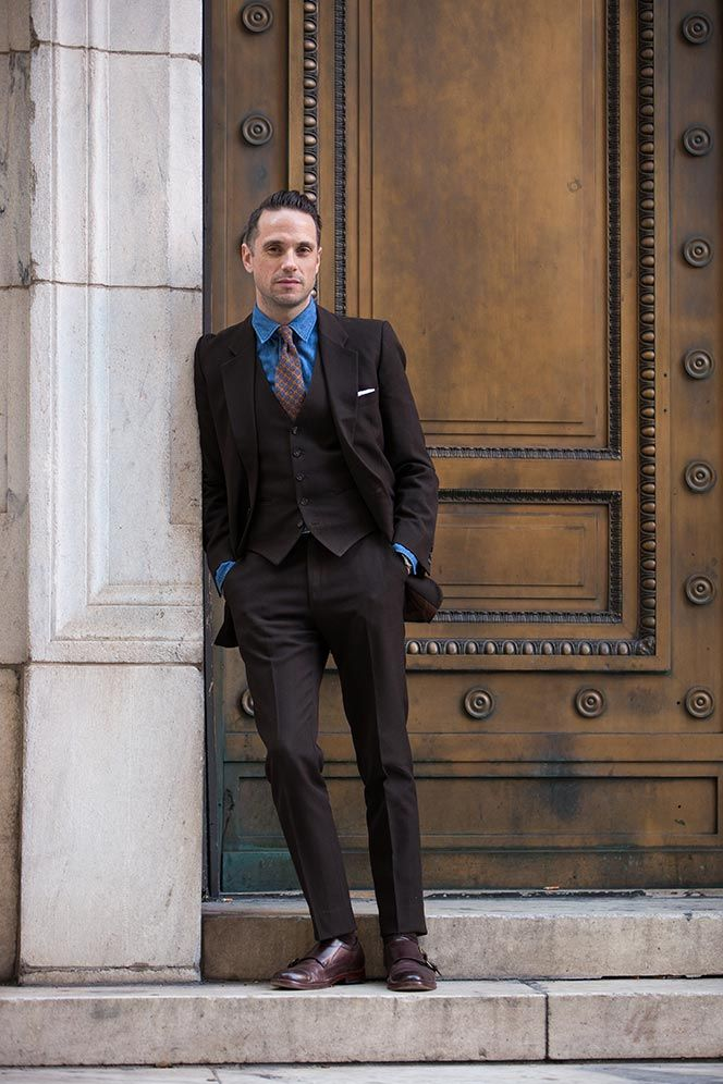 Dark Brown Suit Shirt and Tie Combinations - He Spoke Style