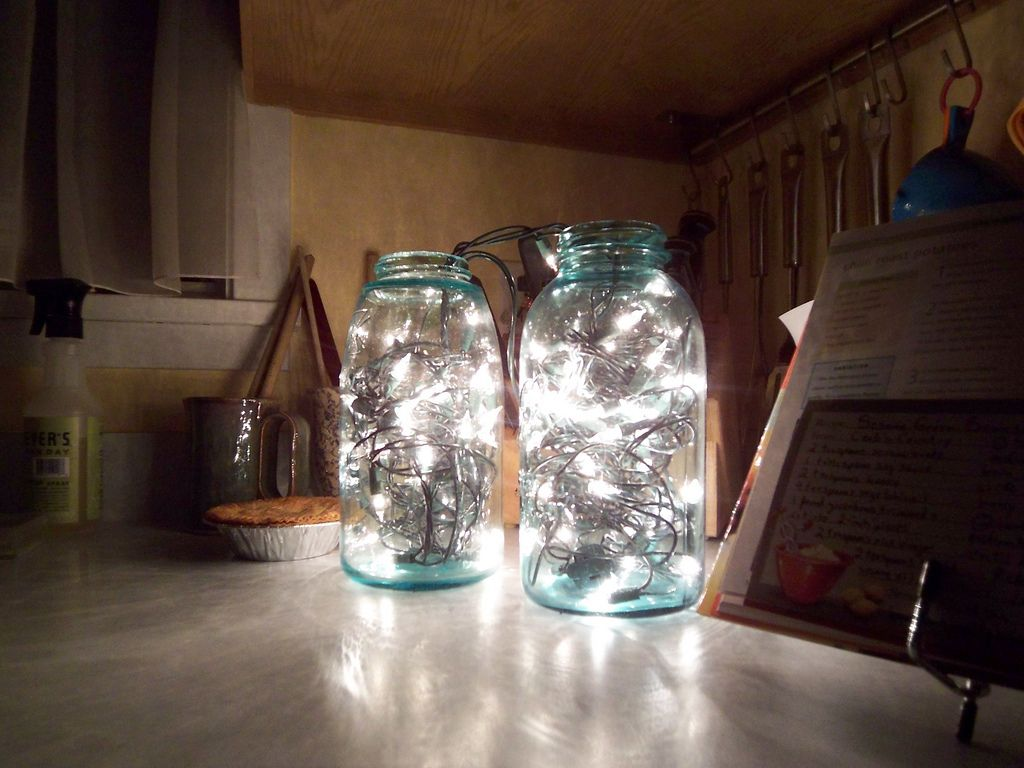 Mason Jar Home Decor Ideas Part - 50: Mason Jar Decor Mason Jar Lights Looks Like Fire Flies!