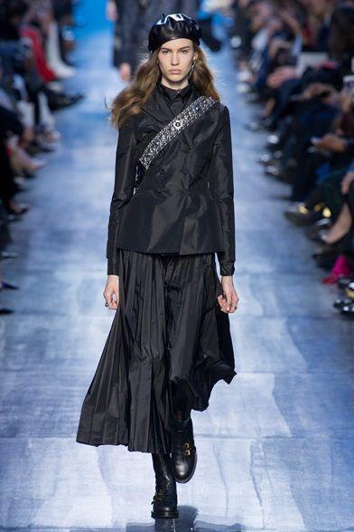 f48f820f6f Sfilate Christian Dior - Collezioni Autunno Inverno 2017-18 - Collezione -  Vanity Fair