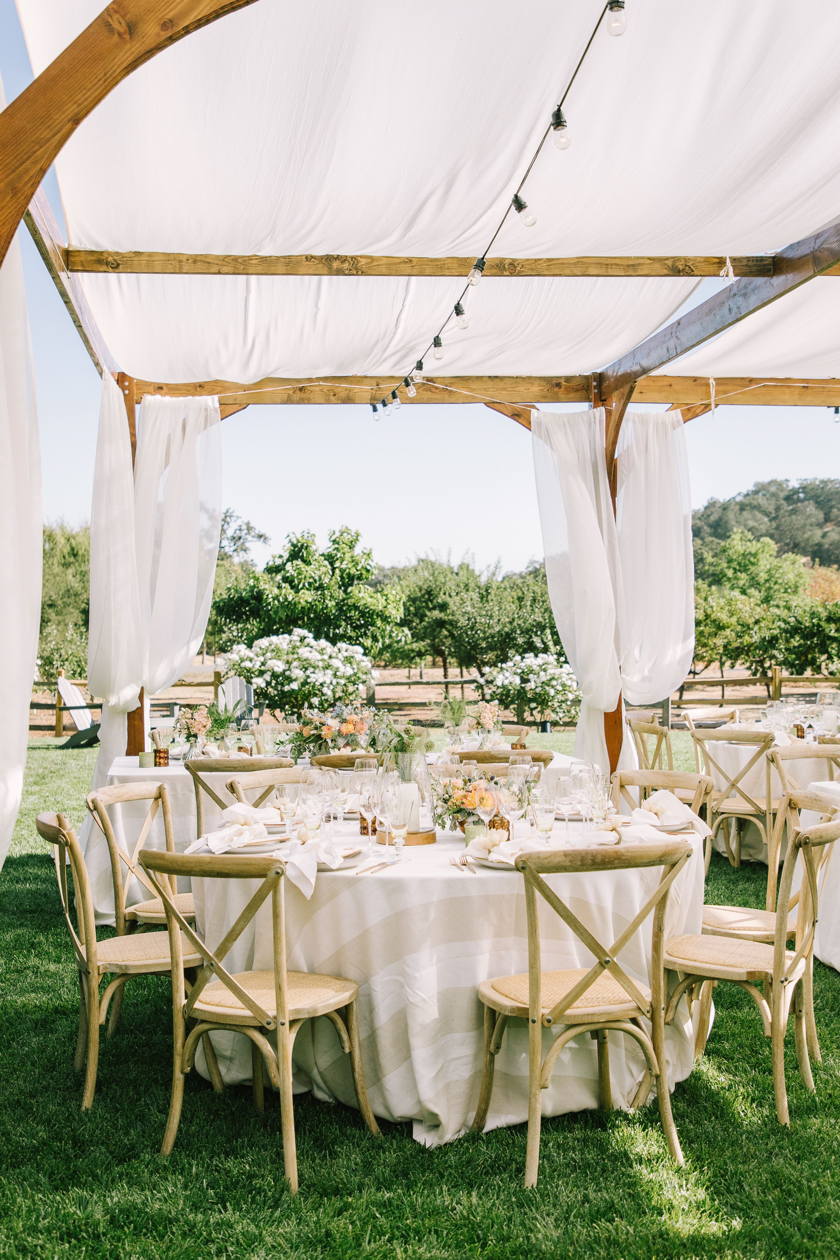 romantic i do s at the bride s family s winery how special is rh pinterest com