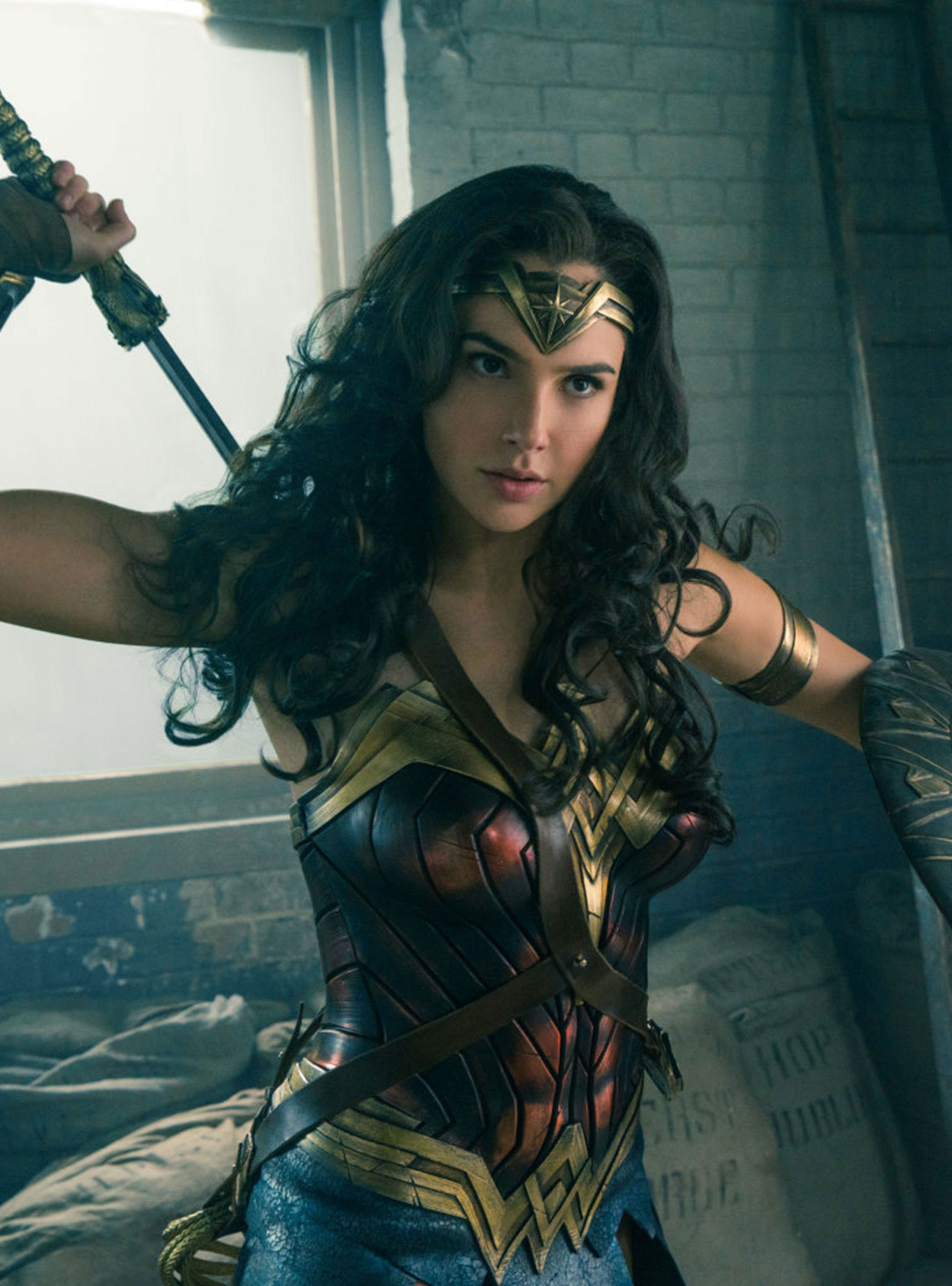 There S Only One Superhero Feminist Masterpiece On Hbo Max For Now In 2020 Gal Gadot Wonder Woman Wonder Woman Movie Woman Movie