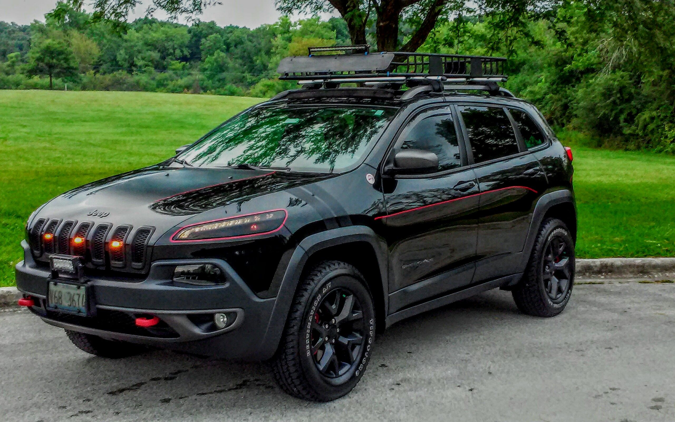 Pin By Ronald Mrencso On Ron M Jeep Trailhawk Jeep Cherokee Trailhawk 2014 Jeep Cherokee Trailhawk