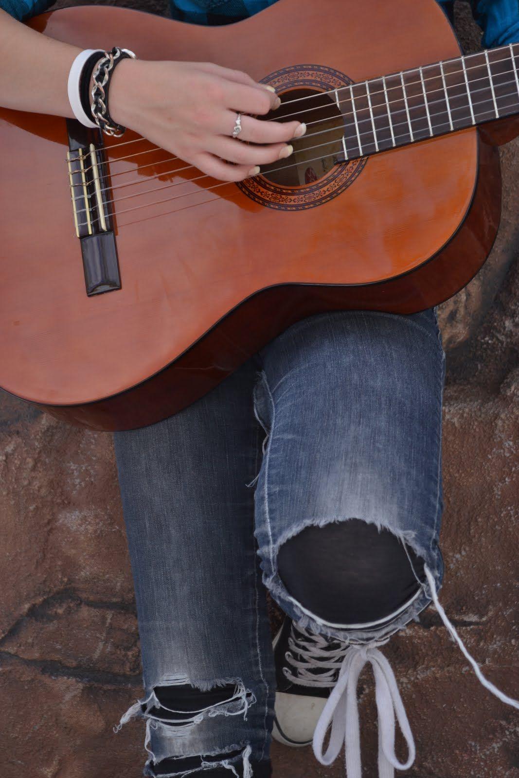 guitar pose guitars and sometimes guitar players too pinterest. Black Bedroom Furniture Sets. Home Design Ideas