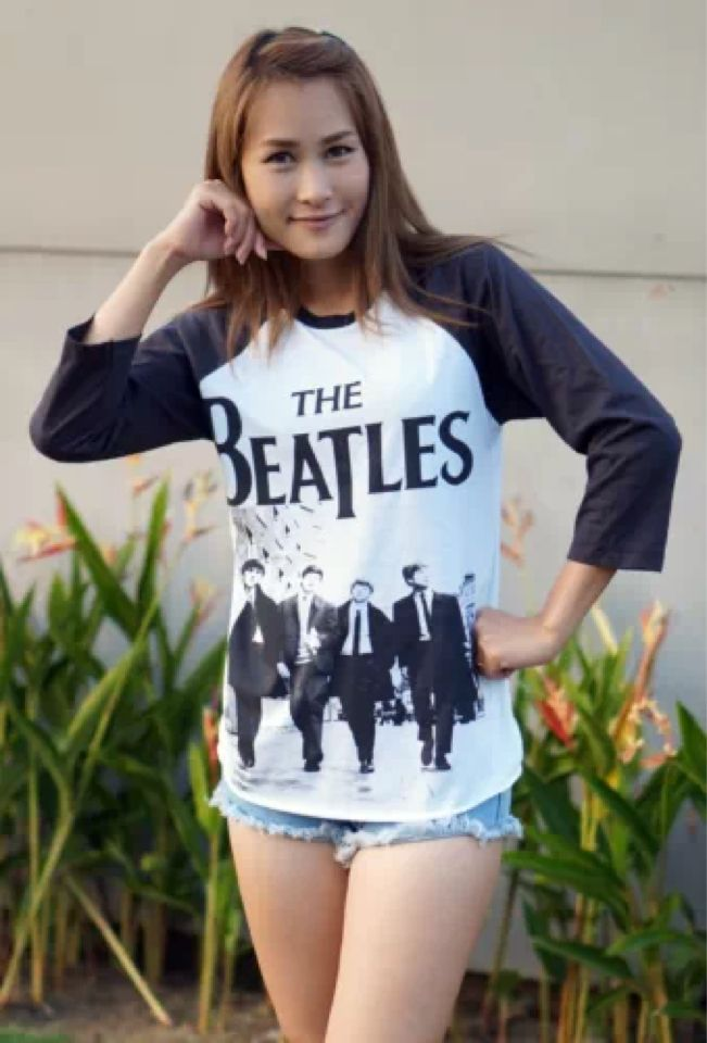 5ae594183e Pin by Maeying on The Beatles Shirt John Lennon Yoko Ono Peace Sign ...