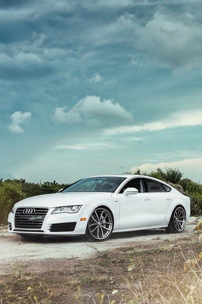 Audi A7, pristine white