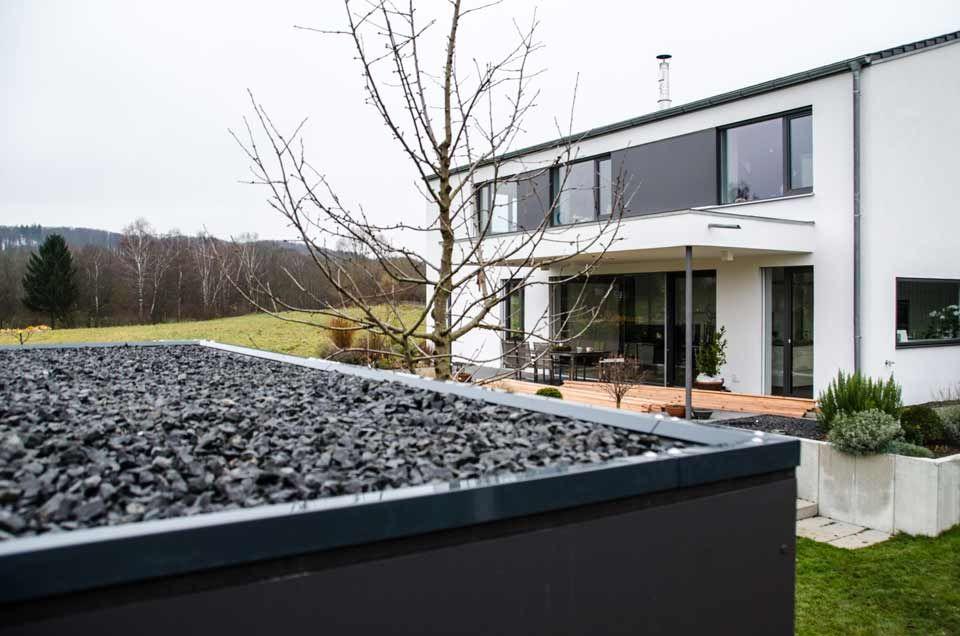 Design Gartenhaus Bilder - Referenzen - Gartenschränke - design ...