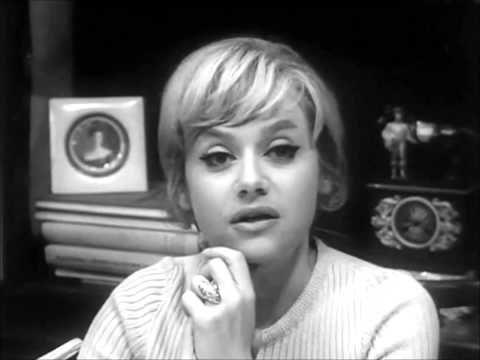 Taka Mala Krystyna Sienkiewicz Youtube Aktorki Piosenki I Blond